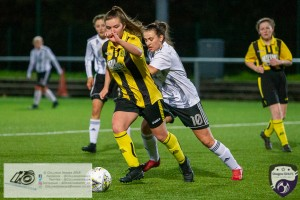 Glasgow Girls FC played host to league strugglers Hutchison Vale Ladies at Petershill Park this afternoon. Glasgow ran out clear winners and the visitors gave a very respectable account of themselves.